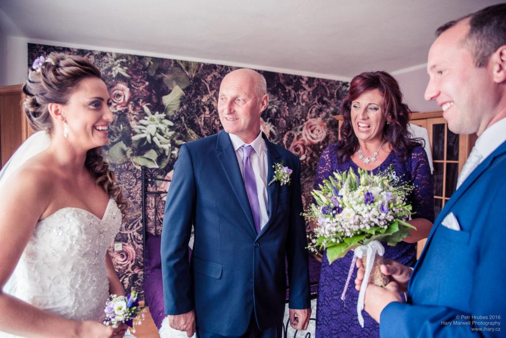 0029-svatebni-fotograf-wedding-hary-marwell-petr-hrubes-lenk-0137