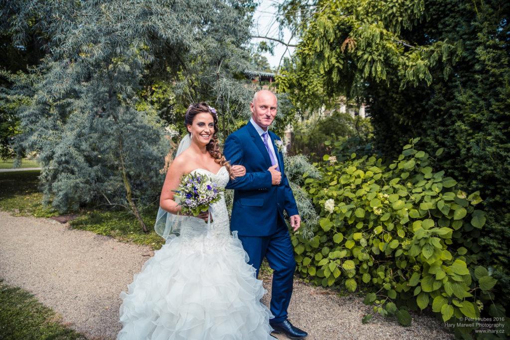 0055-svatebni-fotograf-wedding-hary-marwell-petr-hrubes-lenk-0441