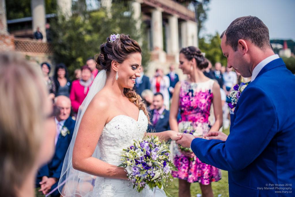 0065-svatebni-fotograf-wedding-hary-marwell-petr-hrubes-lenk-5217