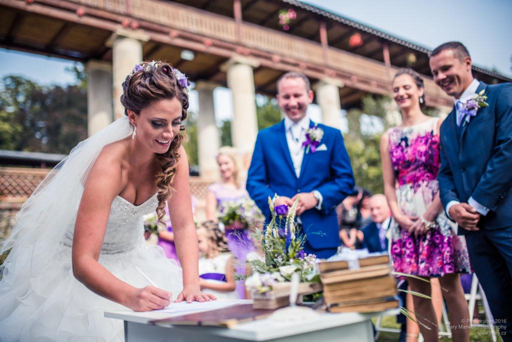 0070-svatebni-fotograf-wedding-hary-marwell-petr-hrubes-lenk-5247