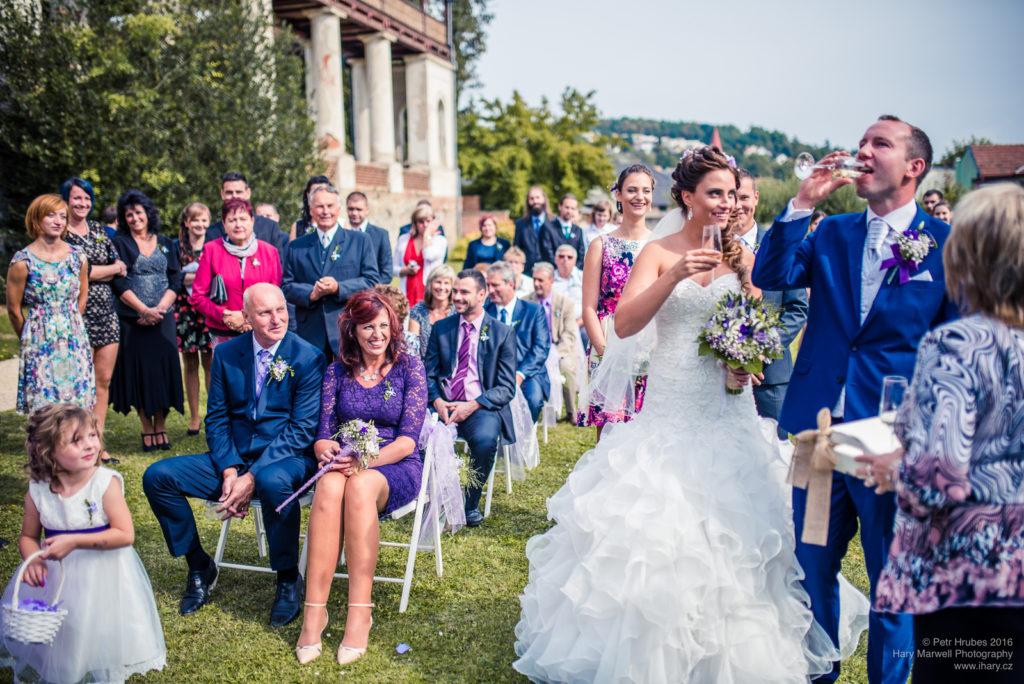 0073-svatebni-fotograf-wedding-hary-marwell-petr-hrubes-lenk-5282