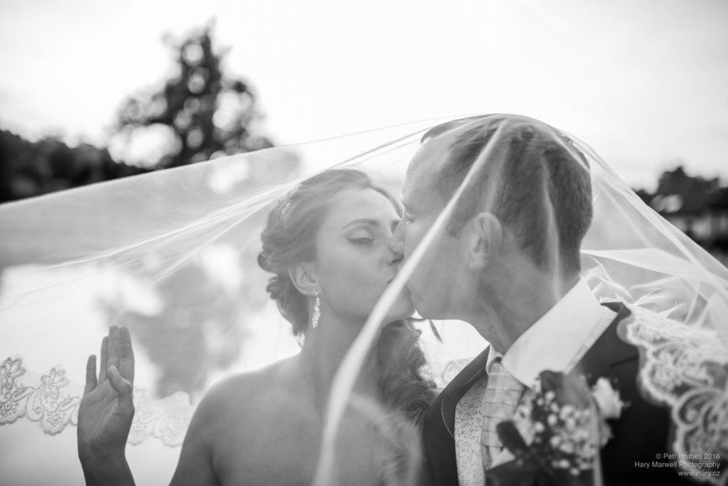 0101-svatebni-fotograf-wedding-hary-marwell-petr-hrubes-lenk-6041