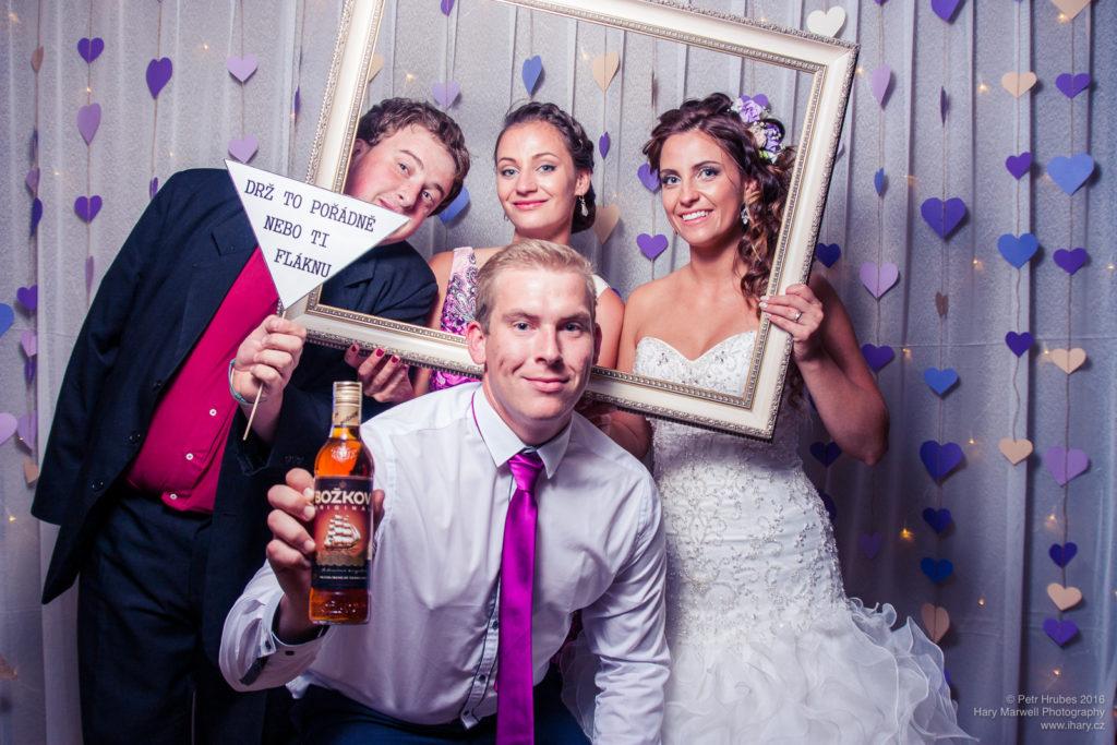 0107-svatebni-fotograf-wedding-hary-marwell-petr-hrubes-lenk-6069