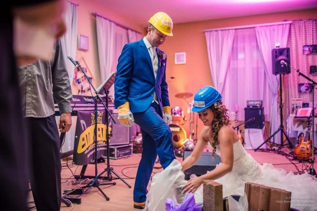 0111-svatebni-fotograf-wedding-hary-marwell-petr-hrubes-lenk-6130