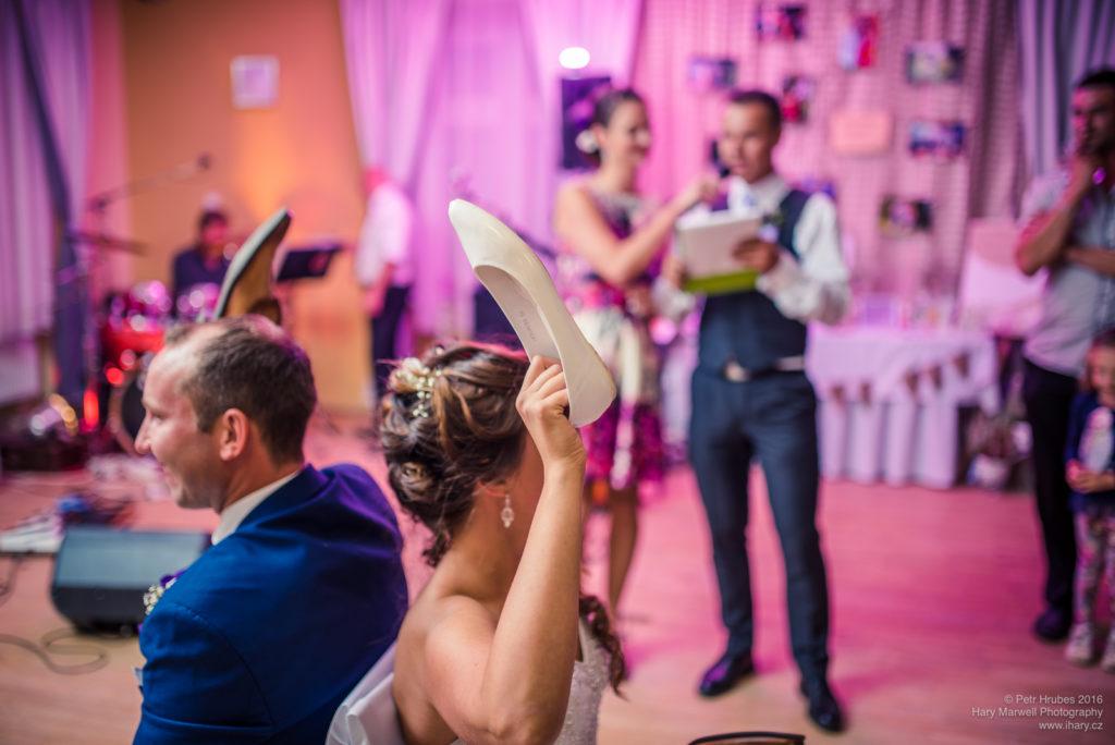 0117-svatebni-fotograf-wedding-hary-marwell-petr-hrubes-lenk-6225