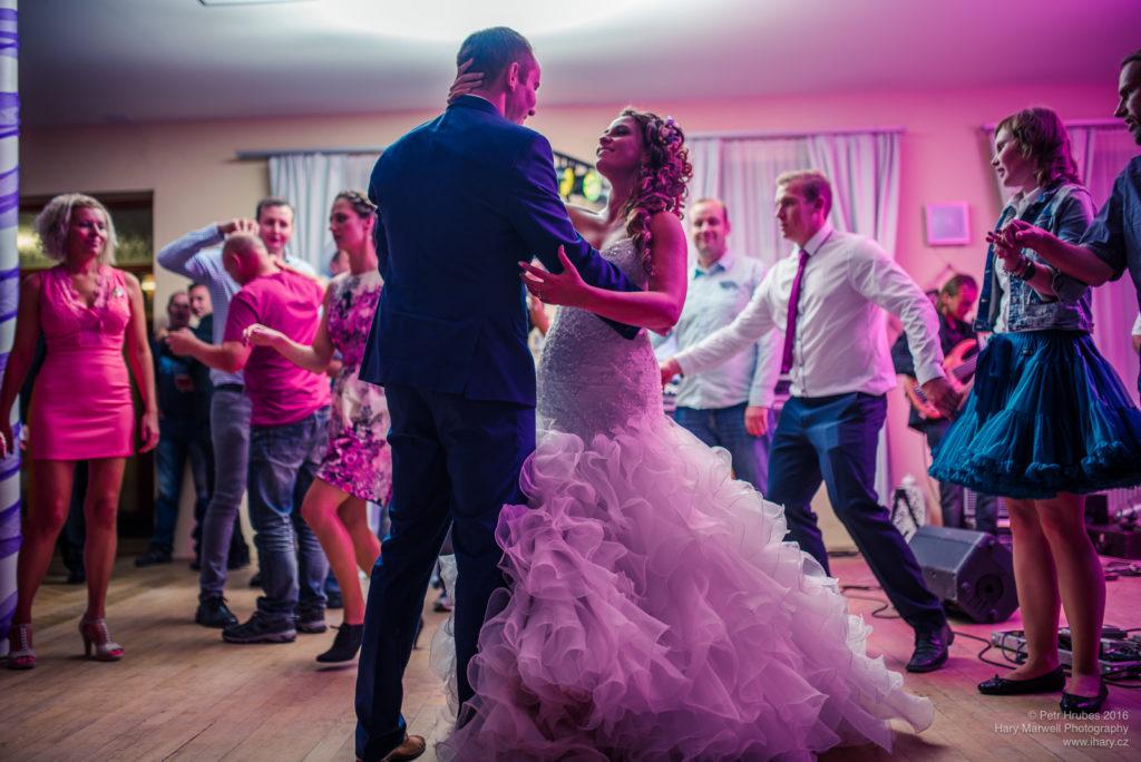 0119-svatebni-fotograf-wedding-hary-marwell-petr-hrubes-lenk-6252