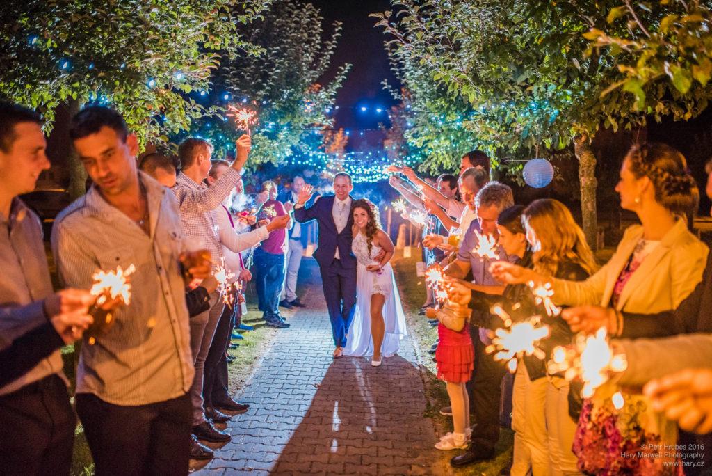 0123-svatebni-fotograf-wedding-hary-marwell-petr-hrubes-lenk-6436