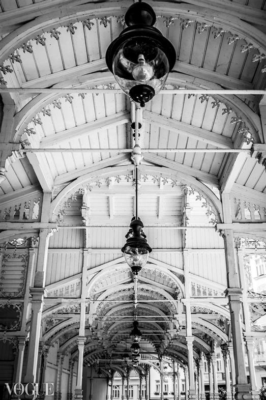 ceiling_full
